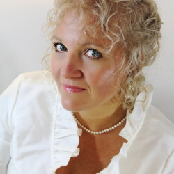 Susan Tsagkaris